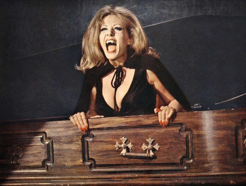 Ingrid Pitt Dracula