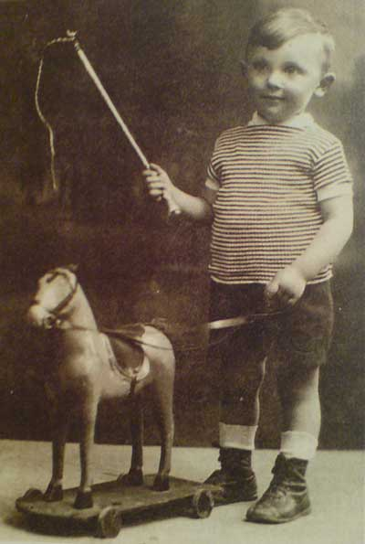 Aharon Appelfeld enfant JewPop