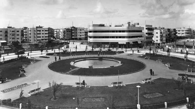 Photo de Tel-Aviv dans les années 40 architecture Bauhaus Jewpop