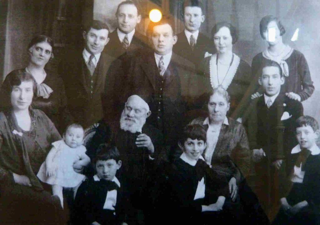 Famille juive Trondheim Norvege JewPop