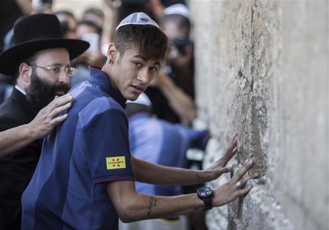 Neymar Kotel Kippa football juifs JewPop
