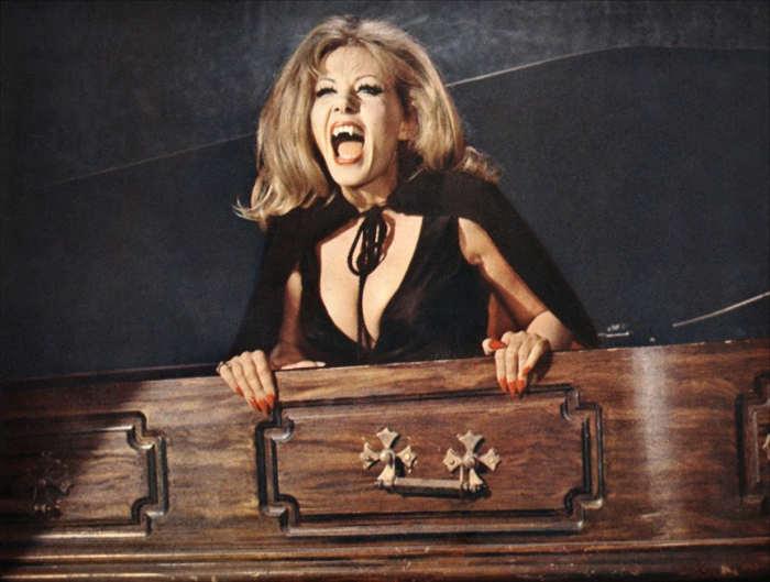 Photo de Ingrid Pitt en Comtesse Dracula Jewpop