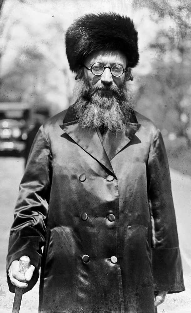 Photo représentant le rabbin Kook