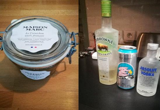 Photo représentant un bocal de cornichons et des bouteilles de vodka Jewpop