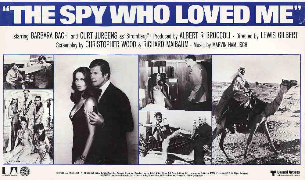 Affiche promotionnelle du film The Spy who love me avec Roger Moore et Barbara Bach Jewpop