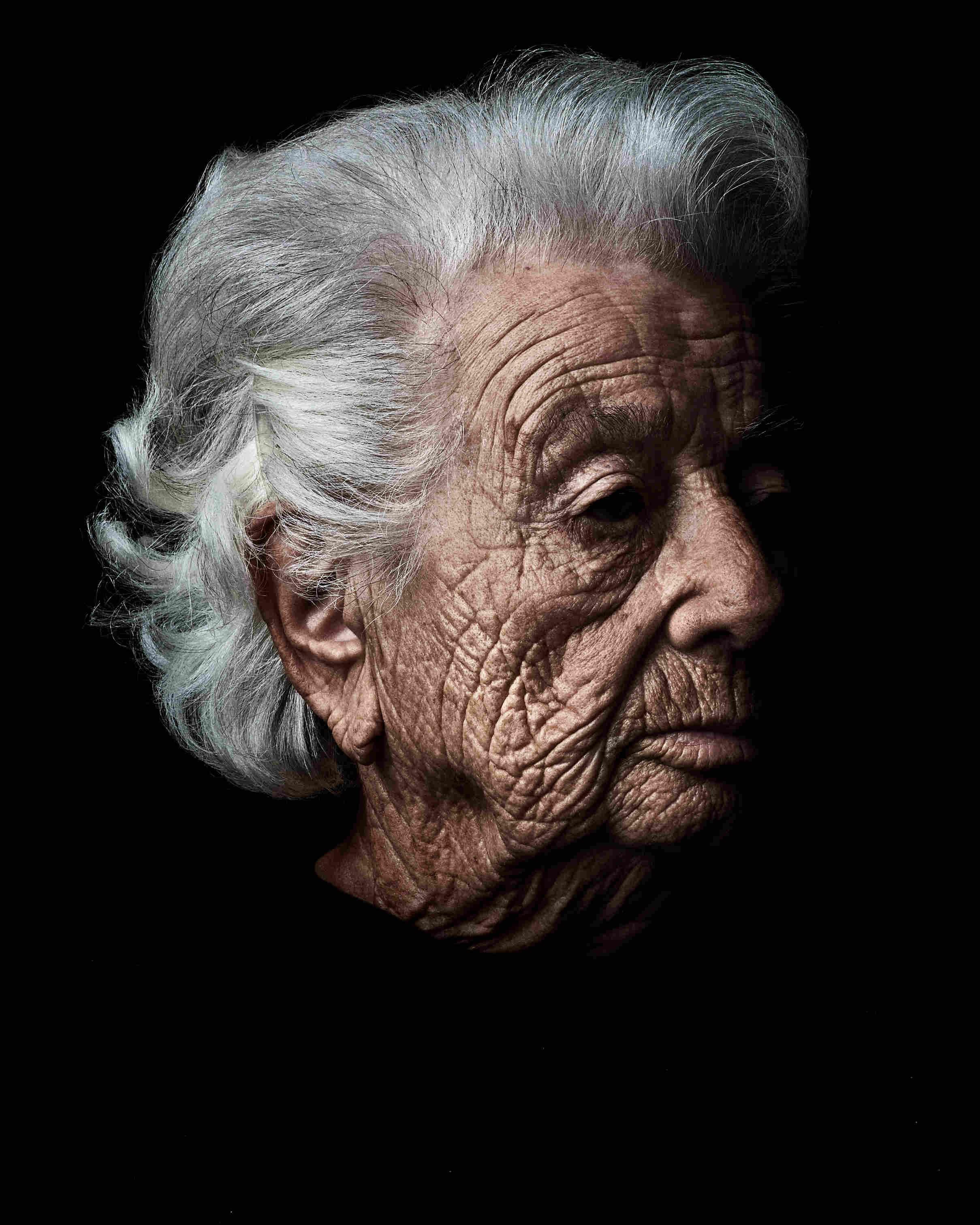 Photo de Ester Senot, série Les Survivants par Rudy Waks Jewpop