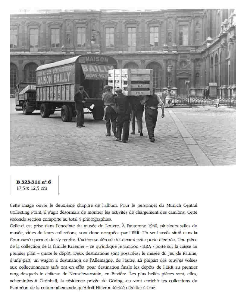 Photo représentant des camions chargeant des biens juifs spoliés dans la cour du musée du Louvre Jewpop