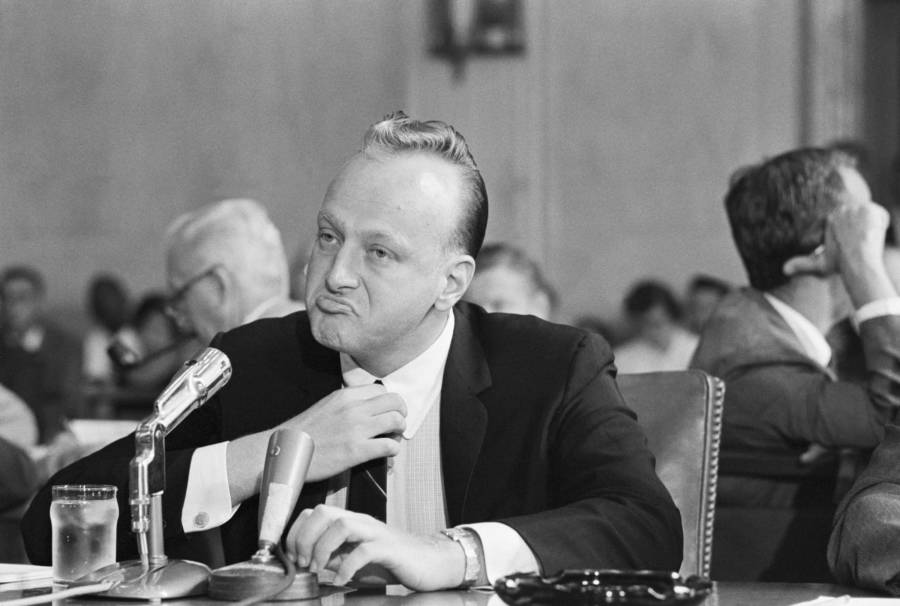 Photo représentant Frank Rosenthal devant une commission d'enquête casinos Jewpop