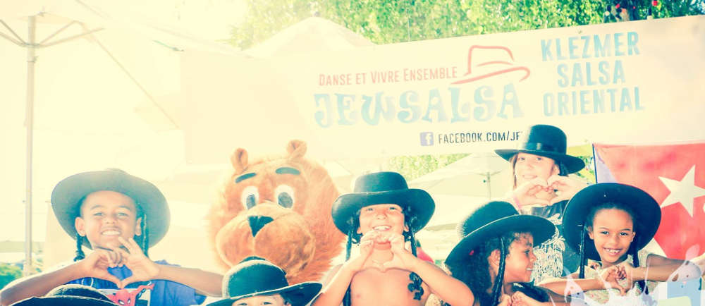 Photo d'enfants à Paris Plage Jewsalsa Jewpop