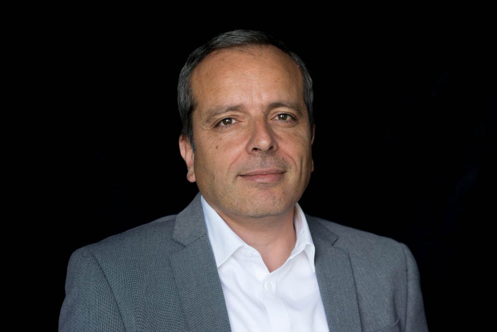 Photo du journaliste et écrivain Stéphane Amar Jewpop
