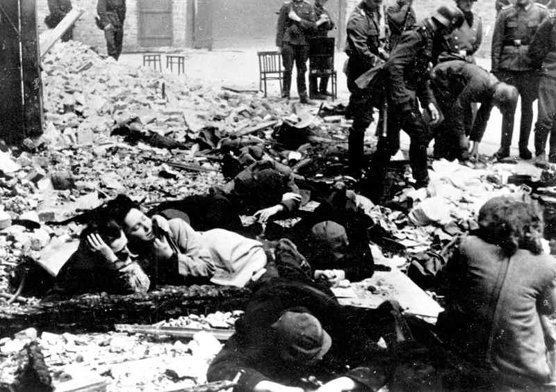 Photo de l'insurrection du ghetto de Varsovie Jewpop