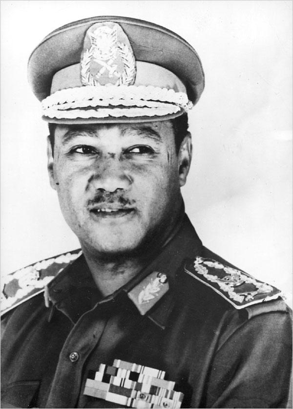 Le président soudanais Nimeiri Jewpop